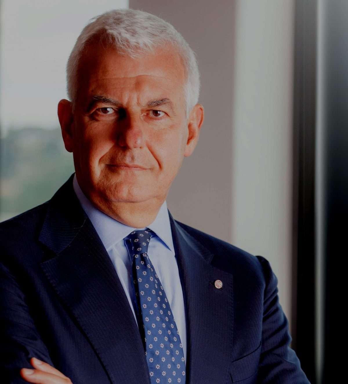 """MPS: giudici Milano durissimi """"piena colpevolezza"""", Profumo pensa alla dimissioni"""